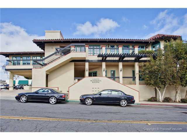 16909 Via De Santa Fe, Rancho Santa Fe, CA 92067