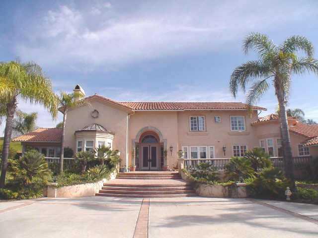 3953 Stonebridge Lane, Rancho Santa Fe, CA 92067