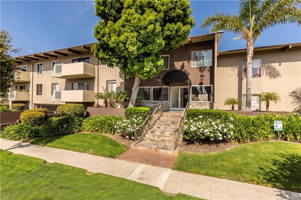 23930 Los Codona Ave 218, Torrance, CA 90505