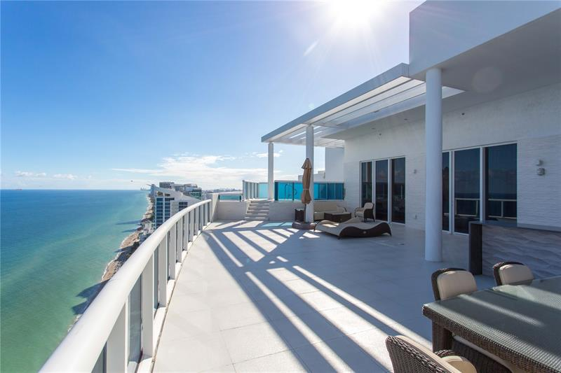 2711 S OCEAN DRIVE PH2, Hollywood, FL 33019