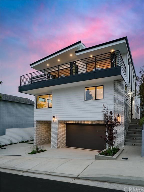 637 7th Street, Hermosa Beach, CA 90254