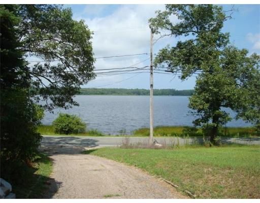 100 Lakeview Blvd., Plymouth, MA 02360