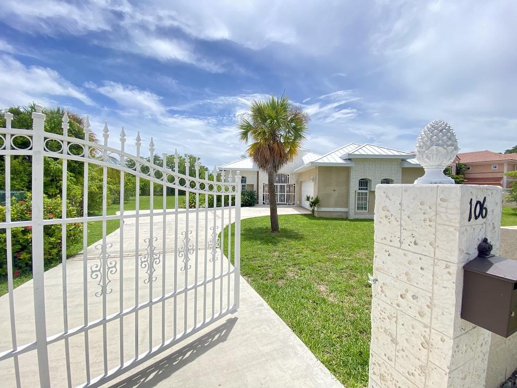 Modern Gated on Lucayan Beach, Grand Bahama/Freeport, BS