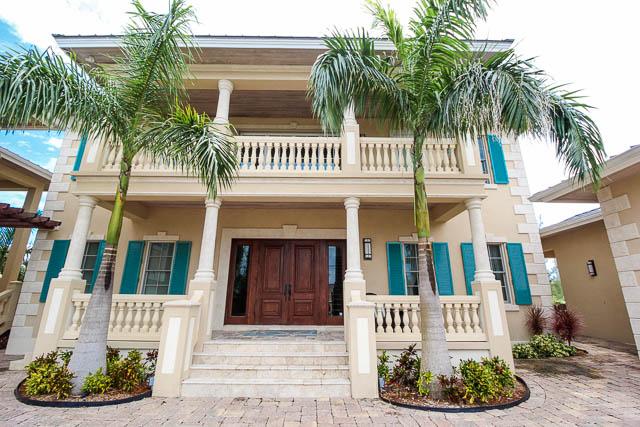 Luxurious Scuttlers Rental, Grand Bahama/Freeport, BS