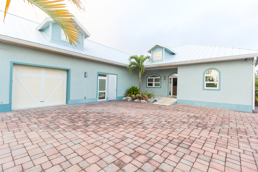 Gated Luxury Canalfront Home in Fortune Bay, Grand Bahama/Freeport, BS