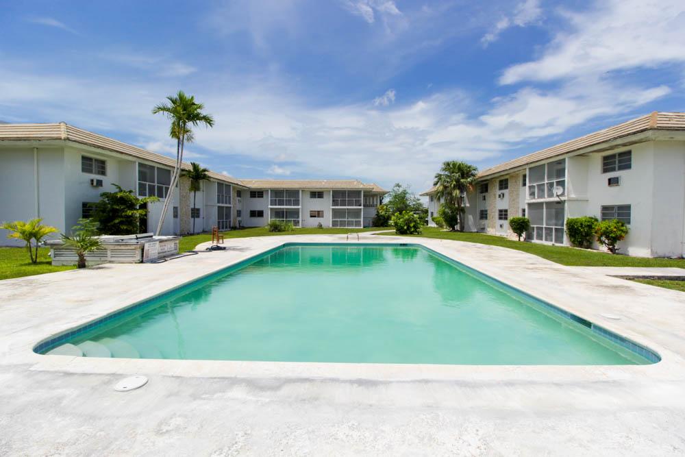 Two Bedroom Rentals at Tudor Gardens, Grand Bahama/Freeport, BS