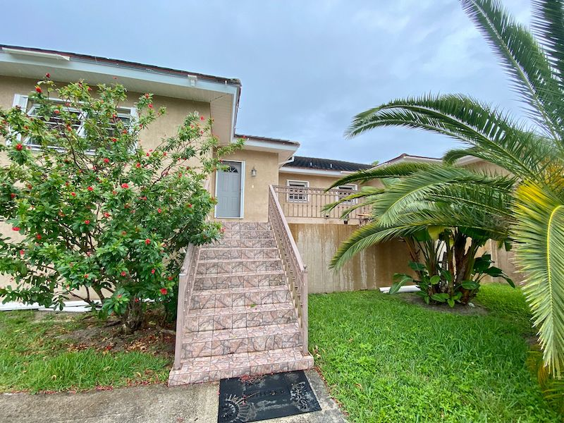 Fortune Point Elevated Duplex, Grand Bahama/Freeport, BS
