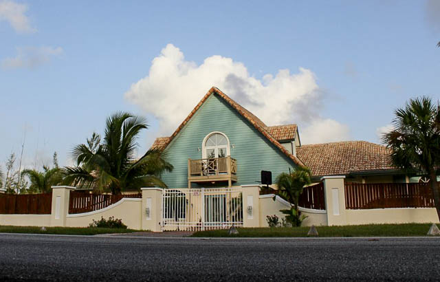 Beautiful Rental near Beach, Grand Bahama/Freeport, BS