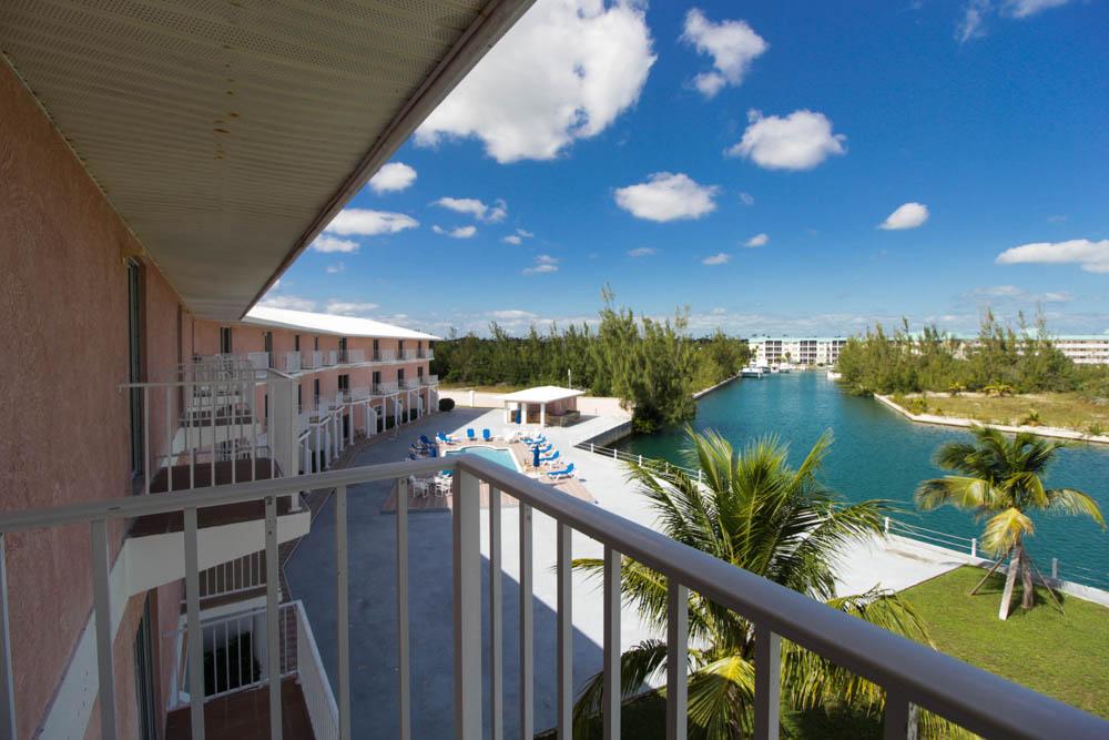 Beautiful 2 Bedroom Rentals at Silver Palm, Grand Bahama/Freeport, BS