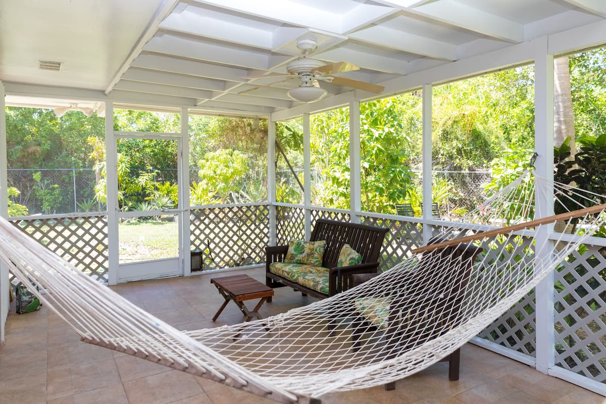 Charming Cottage in Lucaya for Rent, Grand Bahama/Freeport, BS