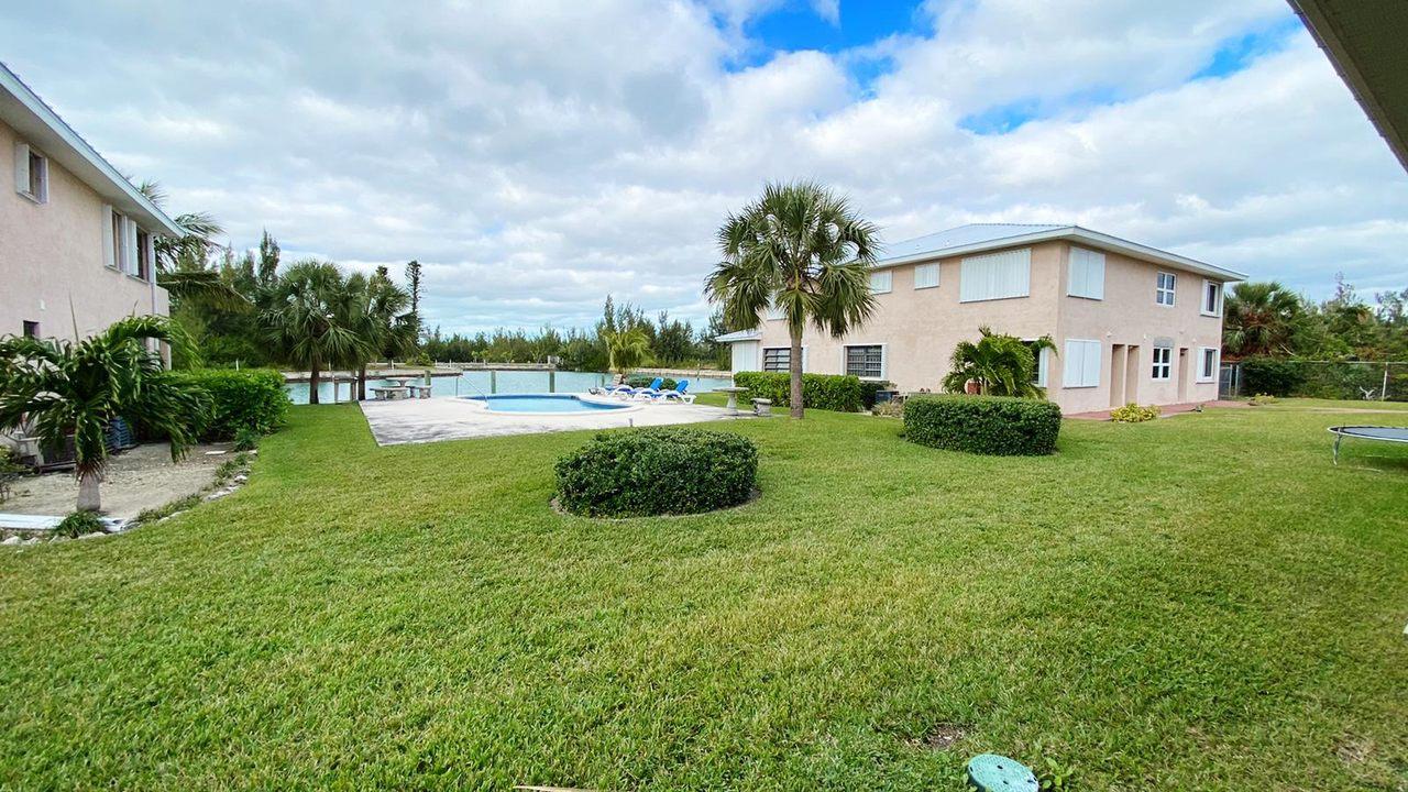 2 Bed 2 Bath Villa Martinique Rental, Grand Bahama/Freeport, BS