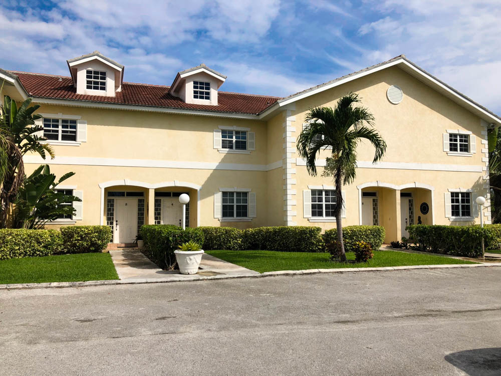 Charming Canal Front Condo at Channel Bay, Grand Bahama/Freeport, BS