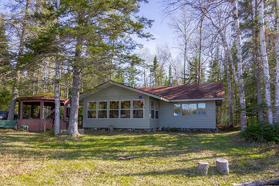 2331 Middle Rd, Isabella, MN 55607