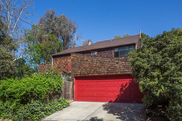 25627 Huckleberry Drive, Monte Nido, CA