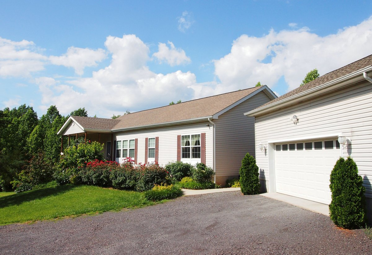 30977 Bonnie Lane, Locust Grove, VA 22508