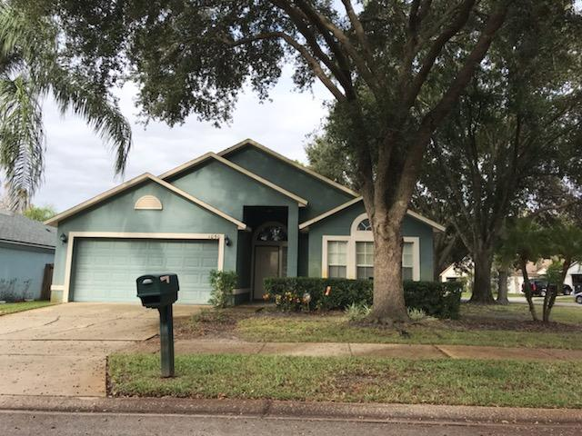 Live a lifestyle of comfort, convenience and community! You can have it all in this ideal Oviedo home in the sought-after community of Twin Rivers. This beauty boasts an OPEN FLOORPLAN, **NEW KITCHEN CABINETS** and is located on a CORNER LOT. Don't hesitate, this home won't last - make it yours!