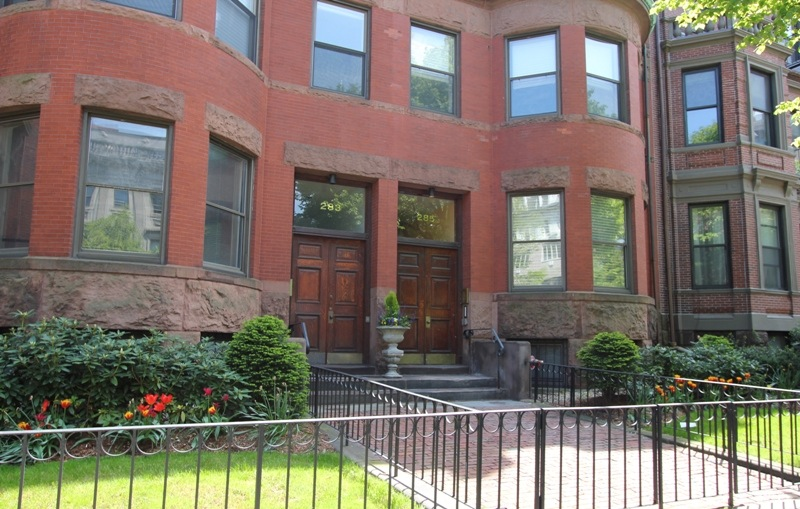 285 Beacon Street 2A, Boston, MA 02116-1