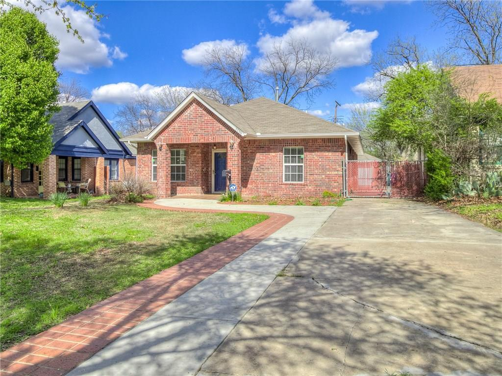 Welcome home! This home is in the heart of one of OKC's historical districts. Beautiful kitchen cabinets, tile flooring through out the dining room, and kitchen with beautiful custom cabinets. This property offers a built-in bookshelf, and an enclosed sunporch as a sweet touch! Spacious master bedroom with high vaulted ceilings and two closets! Schedule for a showing today! Pic are on Zillow