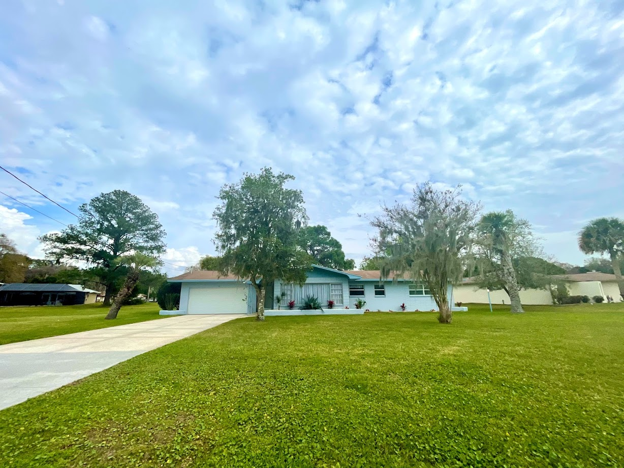 This 2/2 Crystal River home is in a prime location close to town. The interior features include new paint & new floors. More upgrades coming soon! Two full bathrooms, a large garage with a washer & dryer. Exterior has a large backyard & driveway. Long term tenants must pass a credit/background check. Must provide first, last & security. One small dog allowed with a pet fee. $50 application fee per adult.