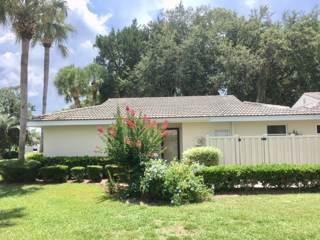 Clean 2 Bed / 2 Bath condo with washer and dryer included. Florida room, living room, and a back patio provides plenty of living space. ~~Prices subject to change based on season and availability.~~ ***3 month minimum stay required*** HOA rules apply. One pet minimum, must call for approval.