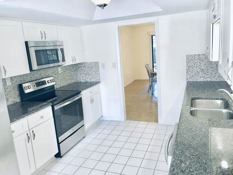 Welcome home! Large two bedroom two & a half bathroom town home located in the Islands of Dixie Shore off of Ft Island Trail in Crystal River available now for rent! This is a fully furnished home, has an updated kitchen with stainless steel appliances, off white cabinets & ceramic tile. There is an eat in kitchen area & formal dining room with a large open concept living room. The first floor has a half bathroom, laundry area & screened in porch. The second floor has two bedrooms, two full bathrooms, & an additional screened in porch! Three month min. stay requirement. One pet minimum, must call for approval. (Any rental reservations for less than six months & one day have 11% short term tax)