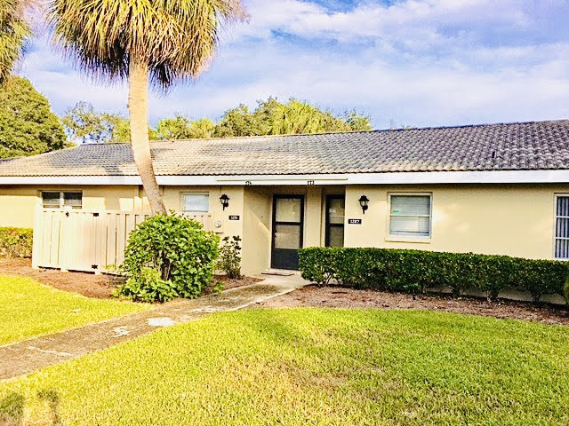 This lovely 1/1 Condo is in the Islands of Dixie Shores off Ft. Island Trail. It is fully updated with beautiful granite countertops & hard wood cabinets. There is a community pool, tennis court & clubhouse. Less than a ten-minute drive to the Ft. Island Beach & close to boat ramps for all your weekend fun! The condo is also located close to all the shops, restaurants & grocery stores in town. Three-month minimum rental requirement. This will not last long! One pet maximum, must call for approval.