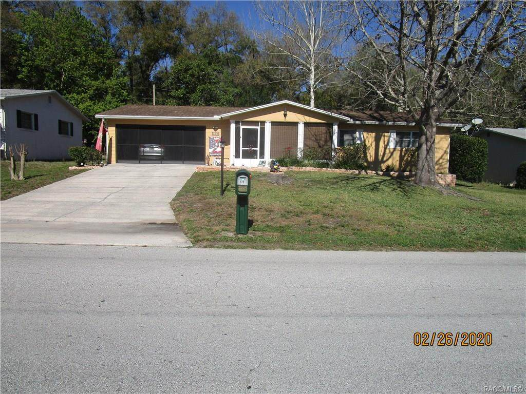 Just move right in, all the work has been done! This lovely home has everything you could wish for. 2/2 with updates galore. New ceramic tile and laminate flooring, new fixtures, new appliances, all new dual pane thermal windows, freshly painted inside and out! Age of AC 2018, roof in 2008. Park like setting and landscaping is to die for. Sellers created an oasis with private screen room front porch that is the perfect spot to catch the morning breeze or watch the moon come up. The yard is flat for easy maintenance. Within walking or biking distance to restaurants, shops, medical, beauty salons and more! Drapes and blinds included. This home is immaculate and it shows, The Cleans really do live here. This home is a gem on a really nice street. A great home at a great price!  Property Features Association YN:	No Community Features:	Clubhouse, Playground, Park, Shuffle board, Shopping, Street Lights, Tennis Court(S), Trails/Paths Green Energy Efficient: :	Thermostat, Windows Laundry Features :	Laundry - Living Area Listing Terms :	Cash, Conventional, Fha, Usda , LoanVa Loan Pool Private YN	No Possession	Closing Property Sub Type	Single Family Residence Security Features	Smoke Detector(S) Sewer	Public Sewer Special Listing Conditions	Standard Tax Annual Amount	623 Tax Year	2019 Water Source	Public