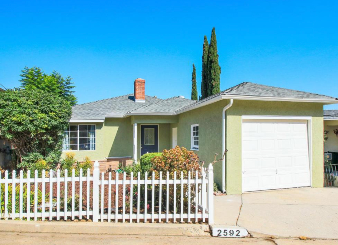Quaint 1940s cottage, nestled in the hills of Eagle Rock. Lovely original features, giving much charm to this period home. Two bed, one bath upstairs and studio apartment, one bath, below. Set within a large terraced useable garden. Great privacy on a quiet cul de sac. Boasting wonderful views and ample room for entertaining. This home awaits you.