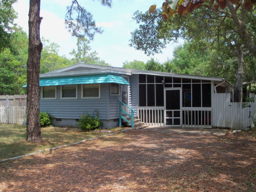 160 NE 2nd Street, Oak Island, NC 28465