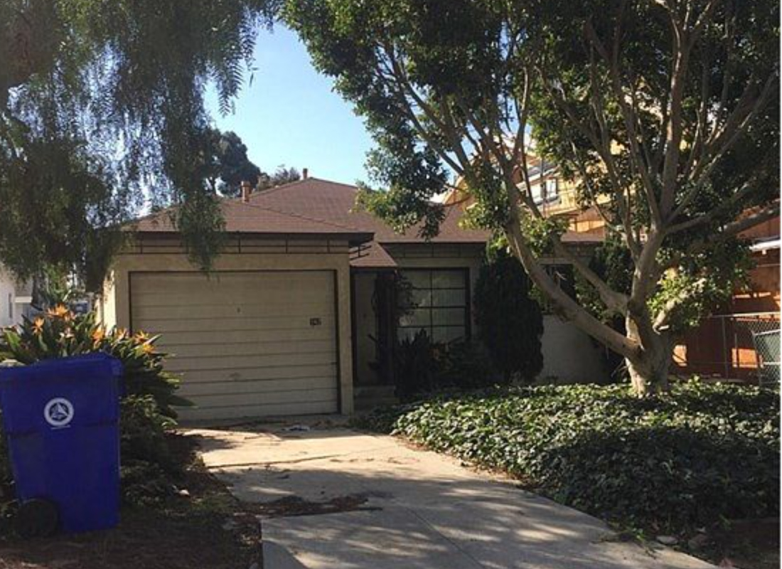 Located in the heart of the Manhattan Beach Tree Section you'll find this flat 40' x 120' lot with an original 3-bedroom / 2-bathroom home. Imagine building your own custom home on this beautiful, charming, tree lined street. You can walk to Sand Dune Park, the chip path, the local school, etc. It's just a quick bike ride to downtown Manhattan Beach and short car ride to LAX.