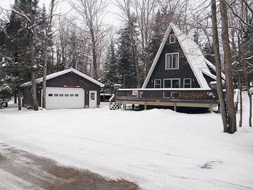 172 Old Indian Trl, Old Forge, NY 13420