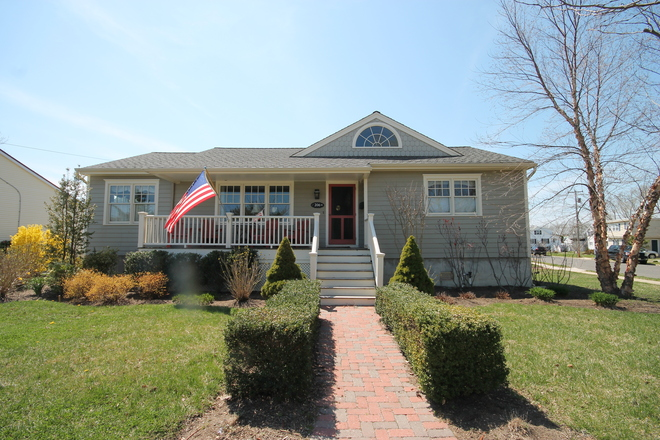 206 Madison Ave, Cape may, NJ 08204