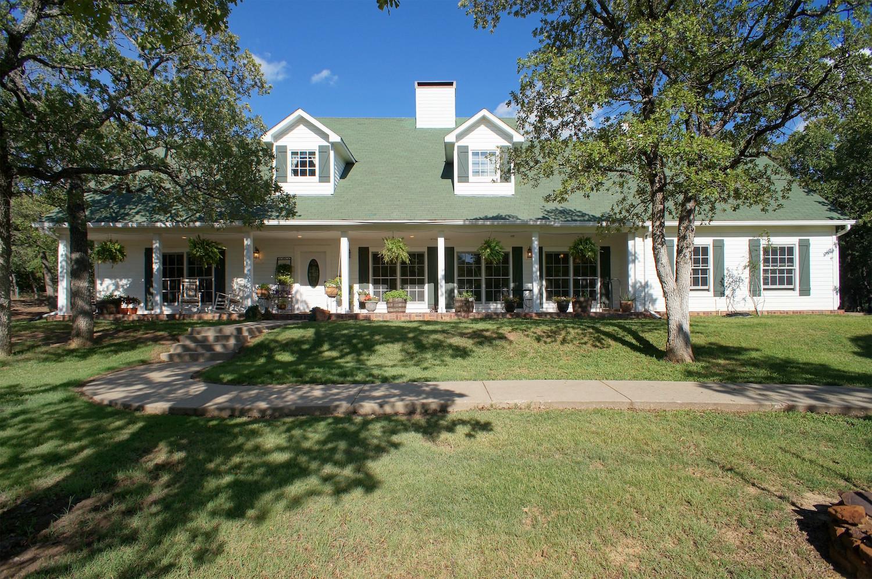 1930  Hemming Road , Valley View, TX 76272