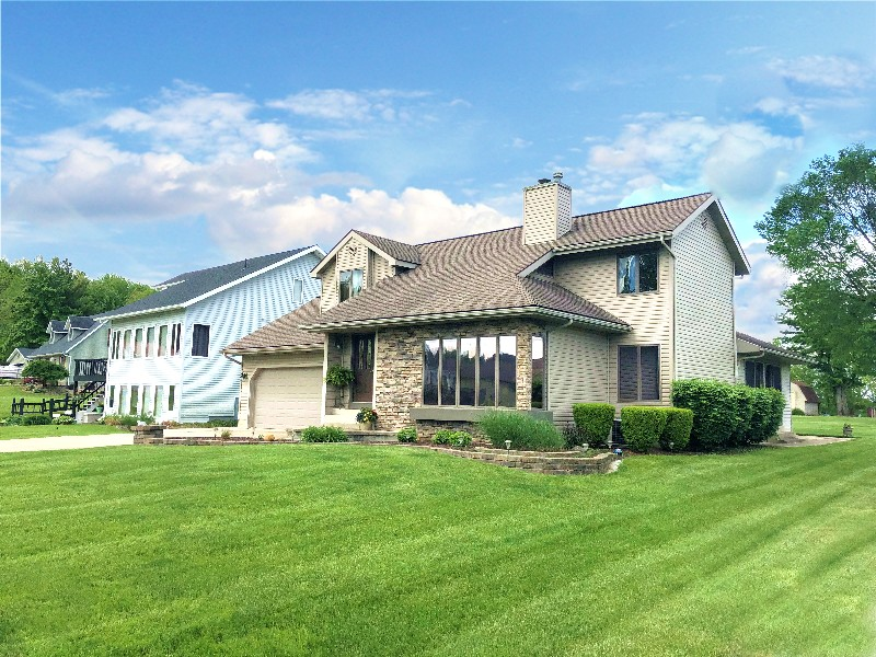 975 Country Club Drive, Howard, OH 43028