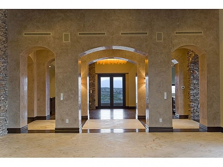 5 Promontory Pointe