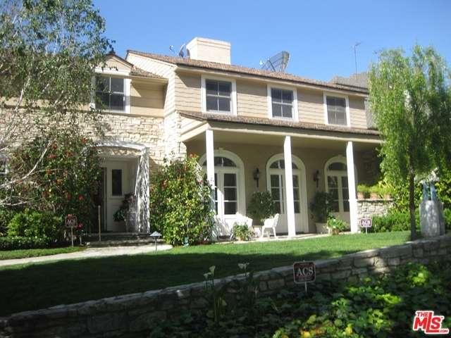555 Warner Avenue, Los Angeles, CA 90024