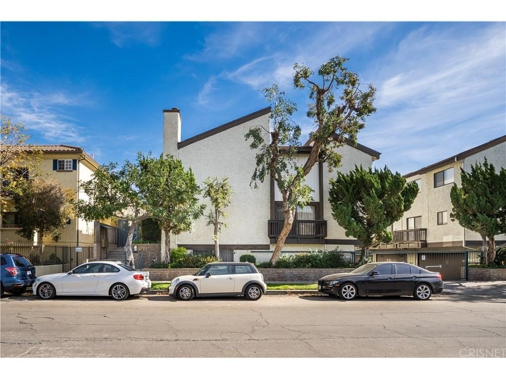 4222 Troost Ave 24, Studio City, CA 91604