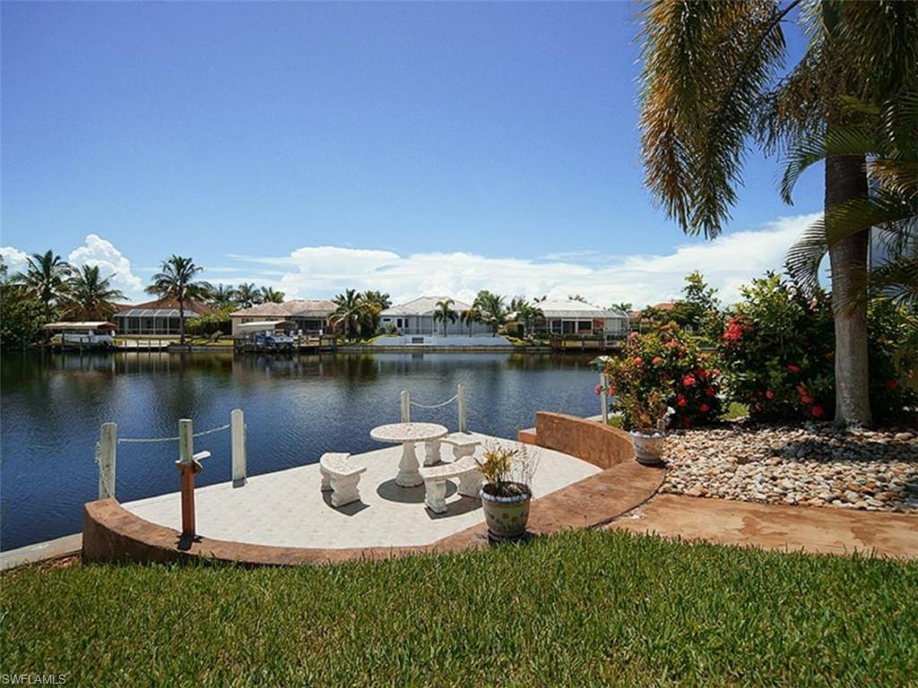 Ferienhaus Cape Coral kaufen - Ferienvilla Cape Coral, Immobilienkauf mit Claudia Junk, Deutscher Immobilienmakler, Posh International Properties