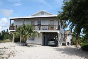 943 Indies Rd , Ramrod Key, FL