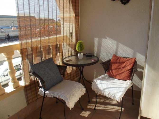 LOVELY CORNER BUNGALOW IN SAN ISIDRO