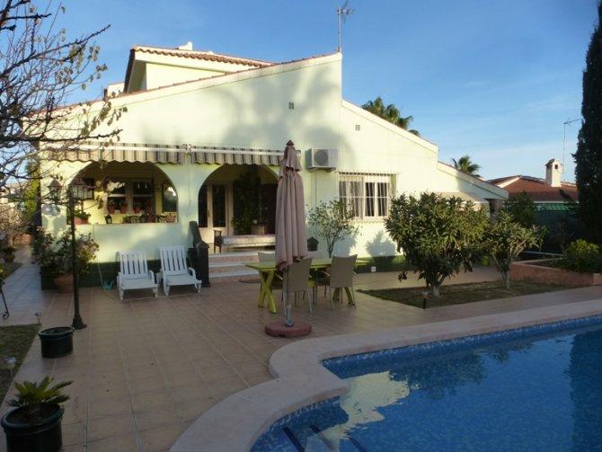 Villa in Quesada