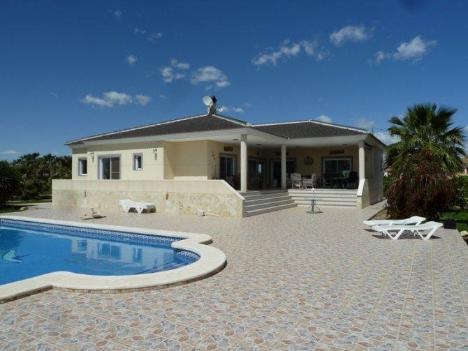 Villa in Daya Vieja