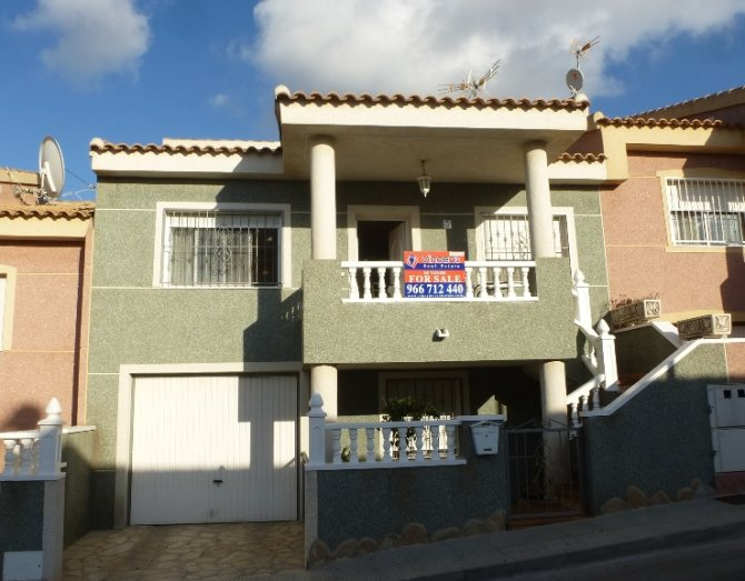 Townhouse in Benijofar