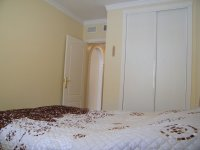 IMMACULATE SOUTH FACING APARTMENT  (6)