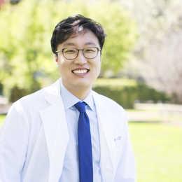 Dr. Steve Lee, DDS Profile Photo