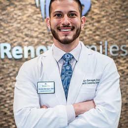Dr. Jhosdyn Barragan, DDS Profile Photo