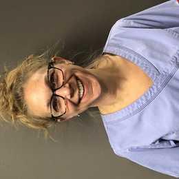 Sara, RDH Profile Photo