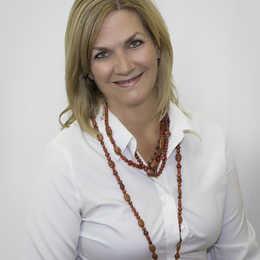 Dr. Dawne Slabach, DDS Profile Photo