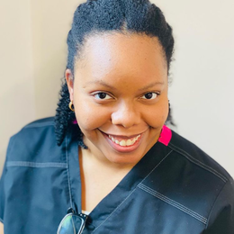 Tia, RDH Profile Photo