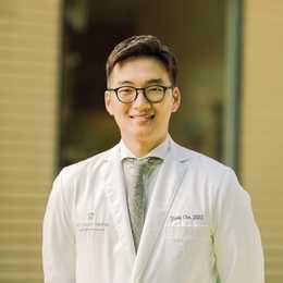 Dr. Yunki Cho, DDS Profile Photo